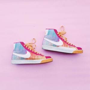 Nike Blazer High Top Brilliant Magenta Multi Color